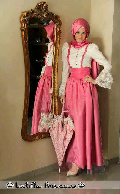 Model Gaun Pesta Muslim Dari Bahan Brokat
