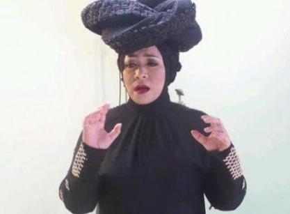model jilbab ala Melly Guslaw