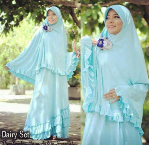 Y768 Dairy Bergo BLUE (XL) @140rb (gamis bag. bawah tingkat + bergo pad) spx korea LD 104cm. PJ 138cm. by POP-UP ± 750 gram