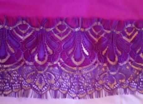Detail Renda gamis bergo Rizani ungu Y1056